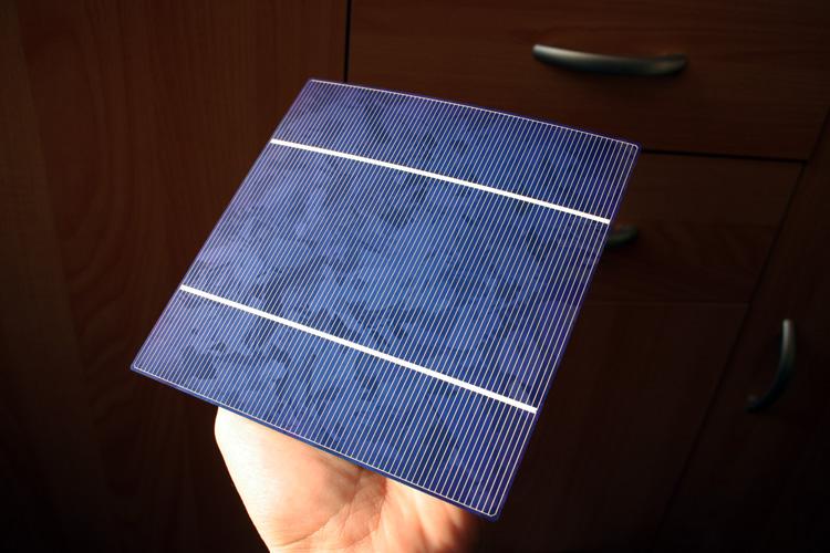 Fotovoltaický článek 156 x 156mm