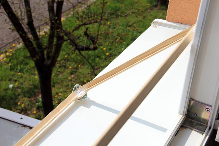 Dřevený rámeček pro fotovoltaické panely - venku